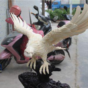 猛犸象牙老鹰摆件雕刻大鹏展翅老鹰