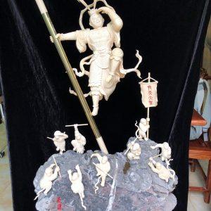 猛犸象牙齐天大圣雕刻摆件花果山底座