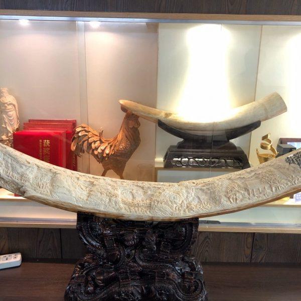 猛犸象牙万里长征整牙雕刻摆件